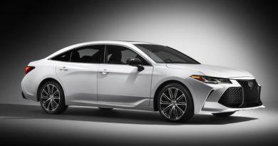 Tin tức ô tô : Toyota Avalon 2019 chính thức lộ diện