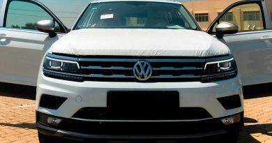 Lô hàng Volkswagen Tiguan 7 chỗ về Việt Nam, giá 1,7 tỷ đồng