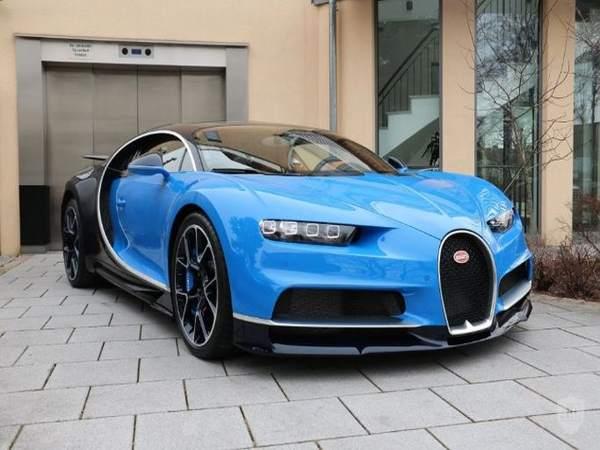 Với những người có đủ tiền để mua được Bugatti Chiron, họ chắc chắn không muốn phải đợi tới 2 năm cho chiếc xe