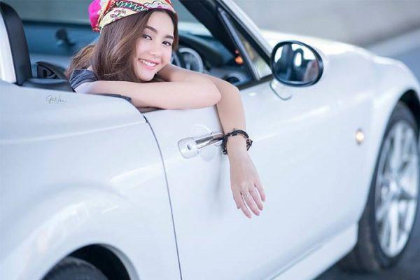 Mazda Miata là mẫu xe thể thao được ra mắt lần đầu tiên vào năm 1989