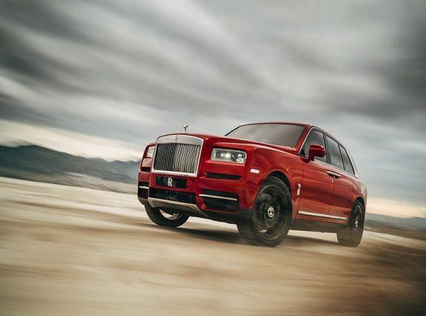 Siêu SUV Rolls-Royce Cullinan mạnh 600 mã lực nhờ động cơ hybrid