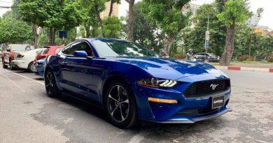 Ford Mustang 2018 màu xanh độc nhất Việt Nam, giá hơn 2,7 tỷ đồng