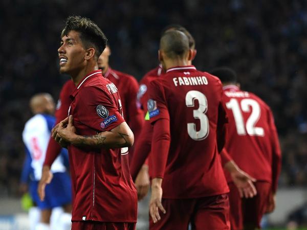 Hàng công bùng nổ, Liverpool vào bán kết Champions League