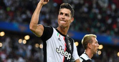 Ronaldo và những tiền đạo ngoài 30 tuổi