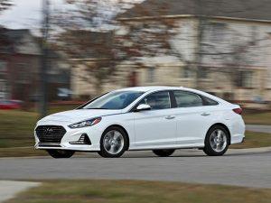 Đánh giá Hyundai Sonata: Lột xác với thiết kế sang trọng