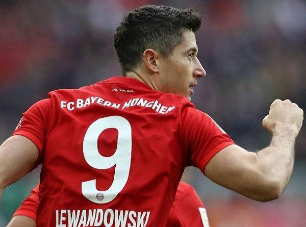 Lewandowski cân bằng siêu thành tích của Aubameyang