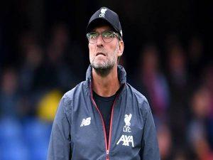Pep Guardiola đau đầu với 4 đòn giáng sốc