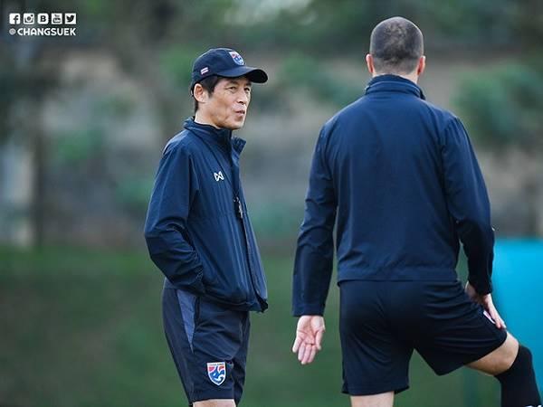 HLV Nishino nổi giận lôi đình vì lộ đội hình thi đấu trước màn tái đấu Việt Nam
