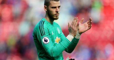 Tin bóng đá Anh tối 27/4: De Gea đưa ra gợi ý về tương lai của mình tại Man United