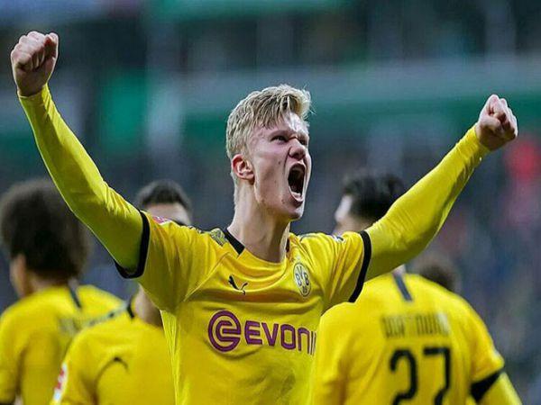 Các ông lớn nhòm ngó Haaland trong màu áo của Dortmund đang tỏa sáng rực rỡ