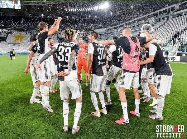 Bóng đá Italia 27/7: Juventus vô địch Serie A lần thứ 9 liên tiếp
