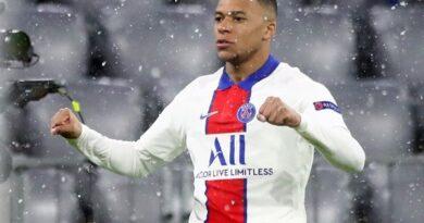 Chuyển nhượng sáng 10/4: Real Madrid cược Vinicius Junior để ký Mbappe